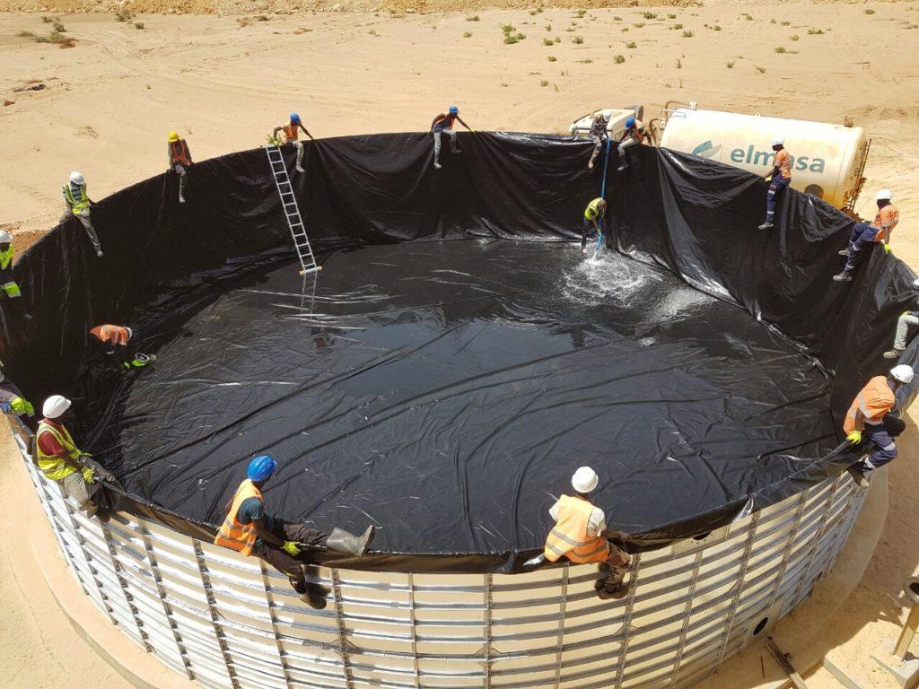 Panel reservoir